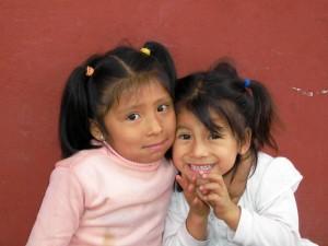 Bild von zwei Mädchen